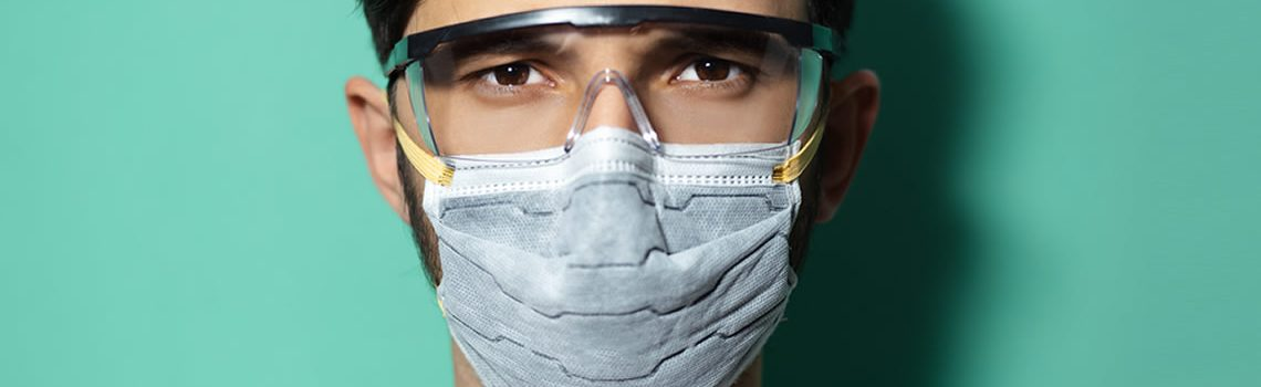 How to Protect Your Eyes During the Coronavirus Pandemic